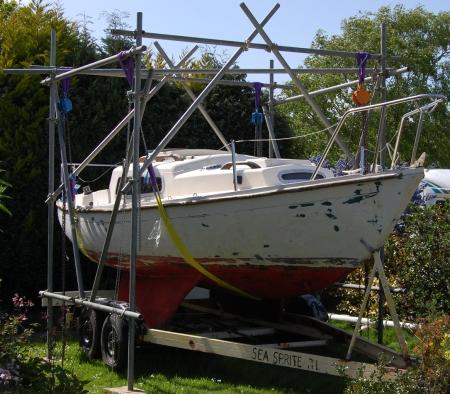 20090804_SeaSpriteBeforeLift_MartinHudson